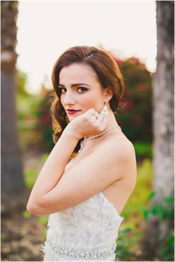 Elegant and classic bridal make-up via @thesocalbride