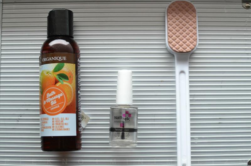 Organique olejek do kąpieli i masażu, Nail Tek III, tarka do stóp The Body Shop
