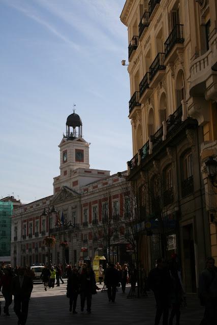 Maravillas ocultas de espa a madrid para madrile os y for Puerta del sol hoy