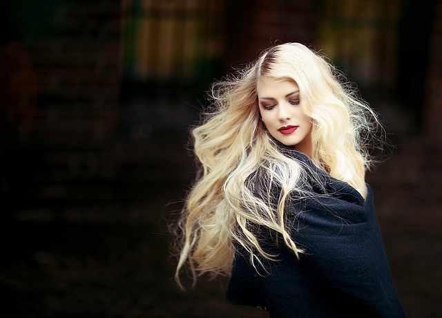 10 Cara Menghaluskan Rambut Secara Alami Dan Mudah Untuk Dilakukan