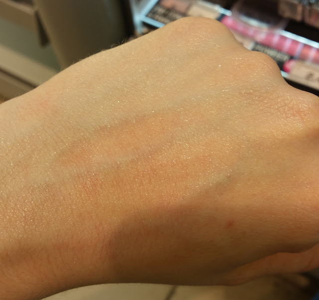 Manhattan - Good to Glow, Swatch
