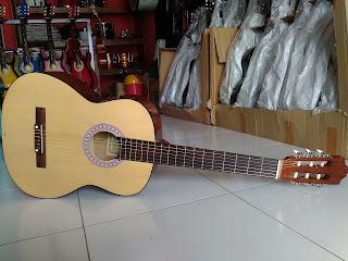Gitar Classic C-315 Murah Tuban