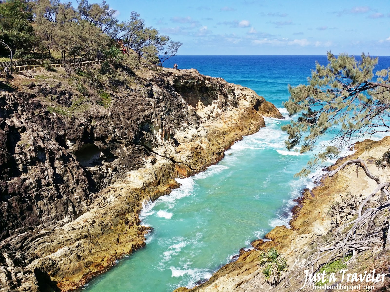 Connecting You To North Stradbroke Island: 『Brisbane』《Island》Multicultural Travel In North Stradbroke