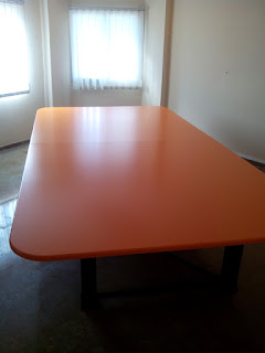 Mesa para sala de juntas en Zaragoza