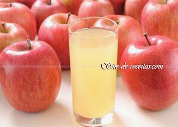 Suco de maçã com biomassa de banana verde