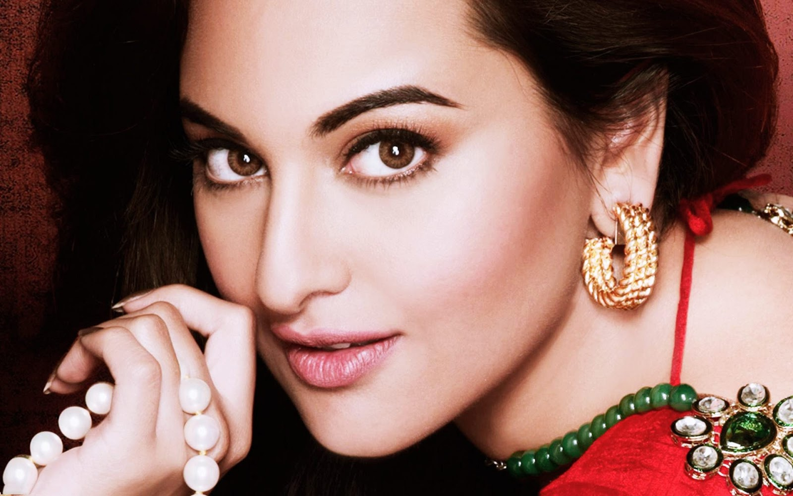 Bollywood actress Sonakshi Sinha who lost over 30kgs for her debut film Dabangg opposite actor Salman Khan is set to shedding few more pounds First I had to lose