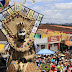 Fantasia 'Corderizando e xilogravando na Folia' vence na categoria individual do concurso de papangus