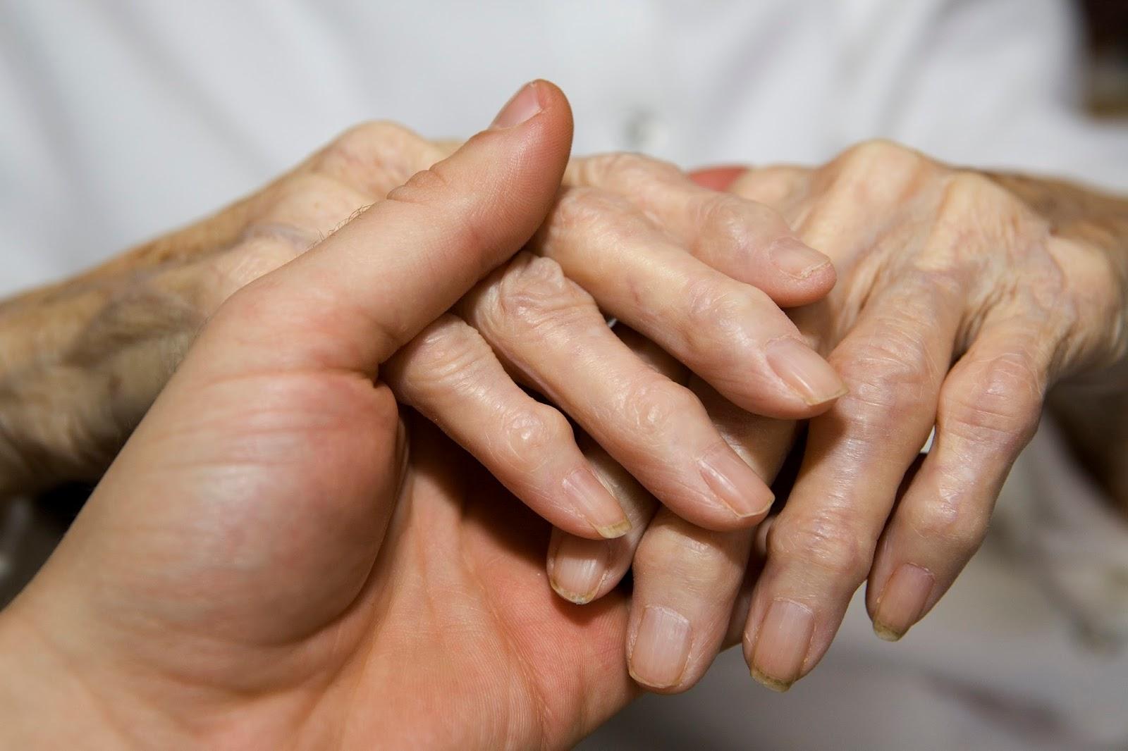 Первая стадия артрита на руках фото