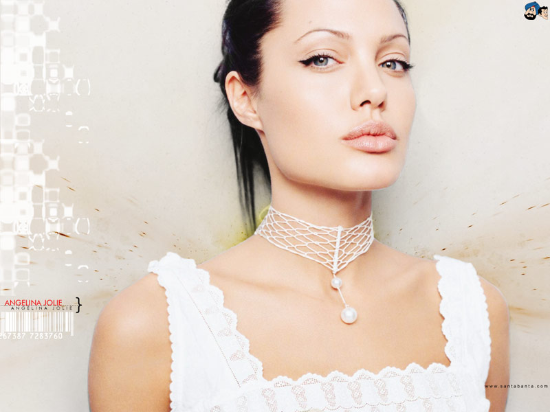 Angelina Jolly  World Of Entertainment-7048