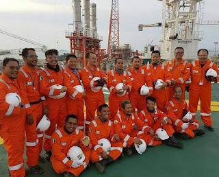 Para karyawan salah satu perusahaan Migas di Indonesia.