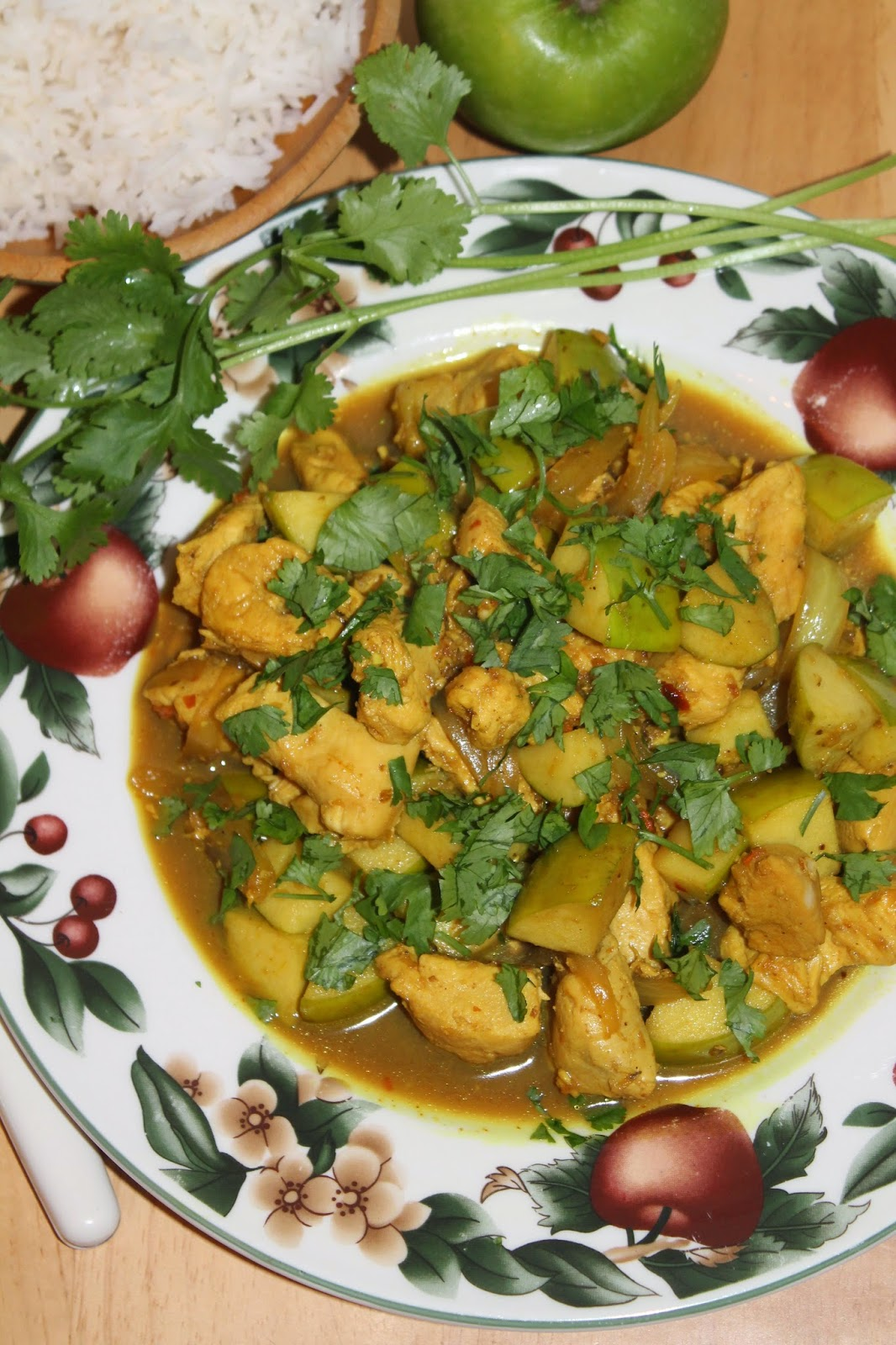 Chicken and Apple Indian Curry