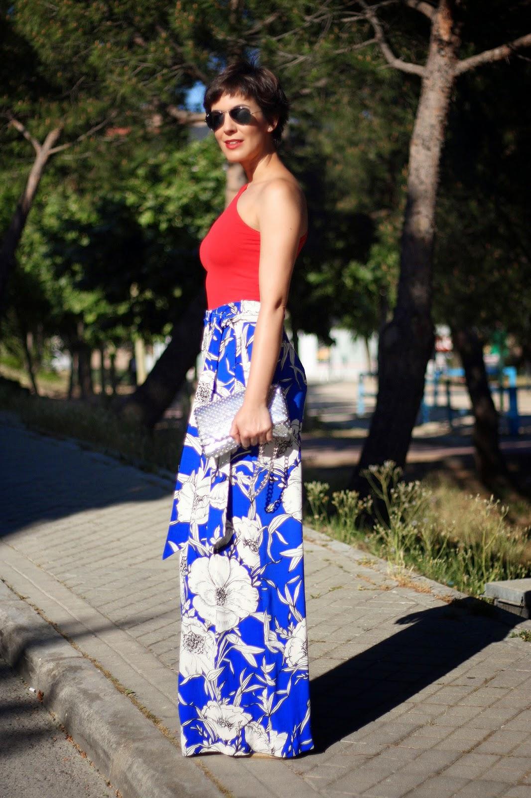 7364eb730df06 Ohmyblog blogger outfit combinar pantalon palazzo top asimetrico  streetstyle pixie cut short hair style jpg 1066x1600