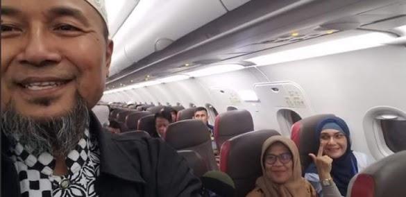 Aksi 22 Mei, Pendukung 02 Asal Sumatera Barat Carter 5 Pesawat dan 50 Bus 'Kepung' KPU