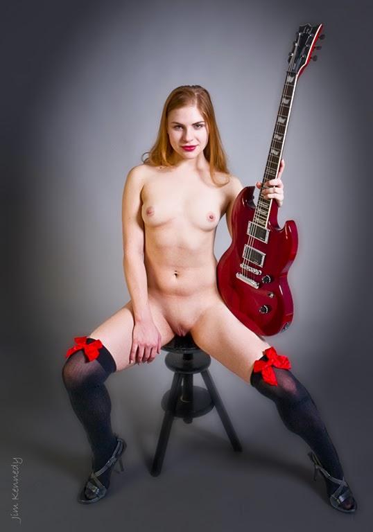 Guitar Naked Girl