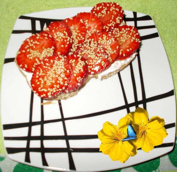 Ideia de sanduíche de doce light com morango