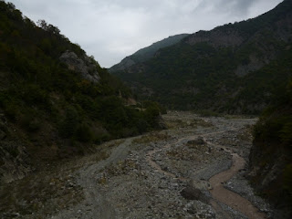 Remontando el valle