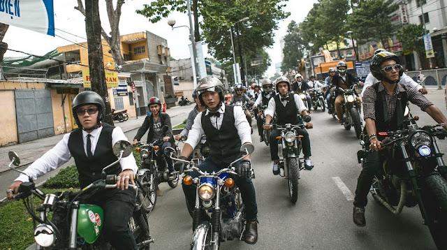 """Sự khác biệt giữa các Biker thực thụ và dân """"tổ lái"""""""