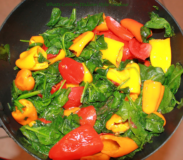 Italian Peppers Eggs and Spinach Omelet Recipe
