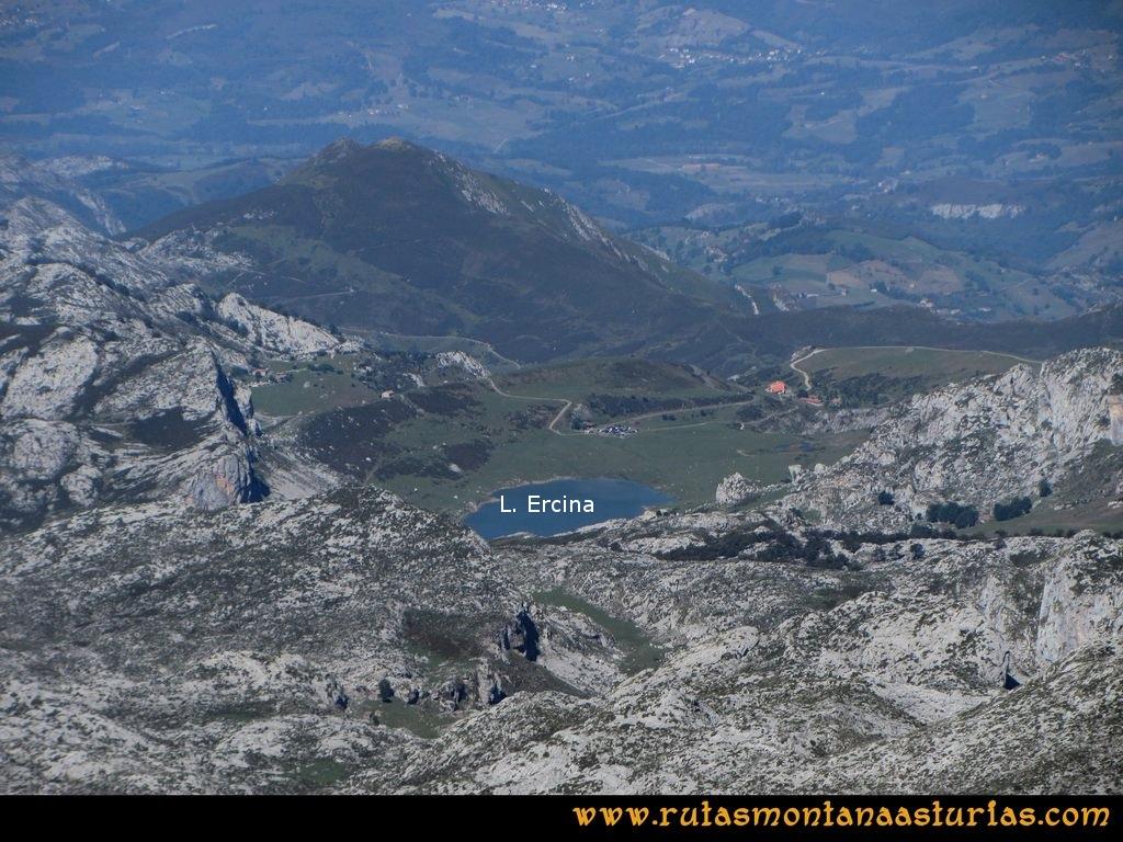 Ruta Ercina, Verdilluenga, Punta Gregoriana, Cabrones: Lago Ercina desde la Torre de los cabrones
