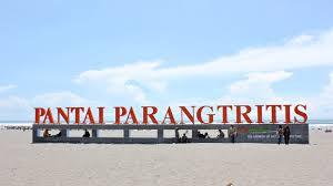 5 TEMPAT (DESTINASI) WISATA PANTAI TERINDAH DI INDONESIA