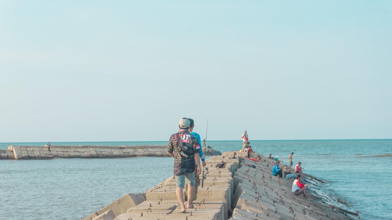 Dermaga Sendang Sikucing, Pantai Sendang Sikucing, Sikucing, The Sea, Kendal, Wisata Kendal
