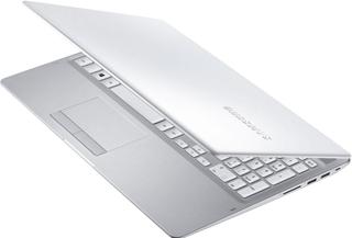 notebook branco de desempenho avançado
