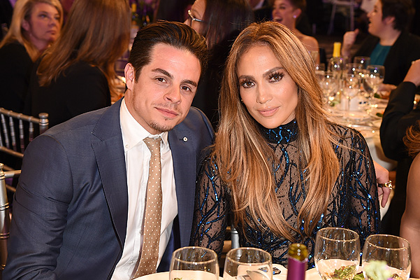 Insiders: Jennifer Lopez and Casper Smart would marry in October
