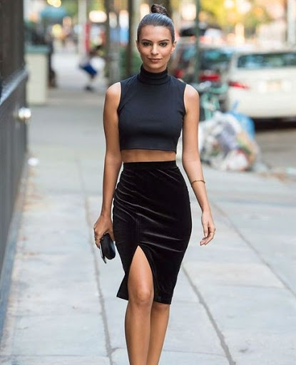 black crop top with high waisted skirt