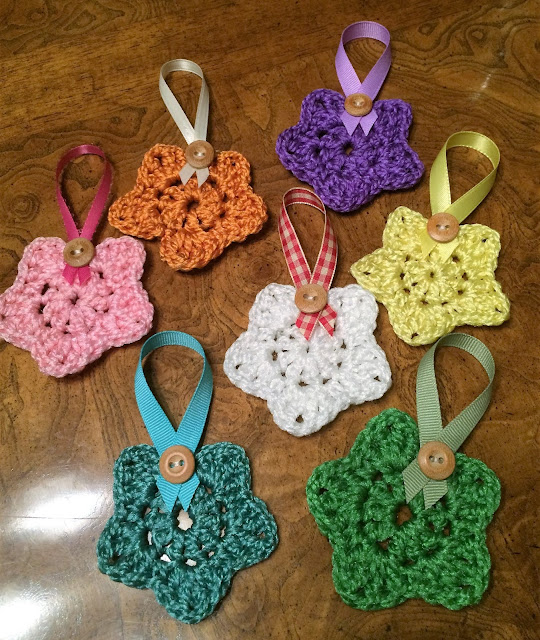Creative Quest Country Crochet Star Ornaments