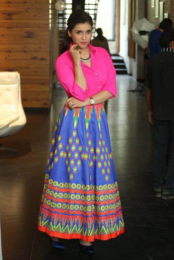 Beautiful Telugu Girl Mannara Chopra In Mini Pink Dress