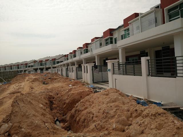 Rumah Teres Dua Tingkat di Bandar Universiti, Seri Iskandar Perak