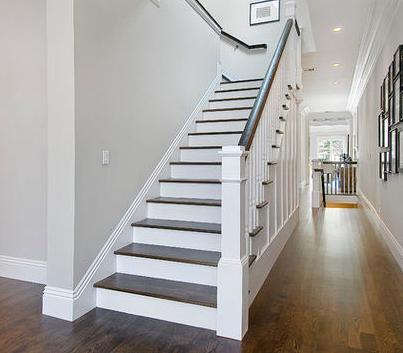 Fotos de escaleras fotos de pasamanos para escaleras for Escaleras de interior fotos