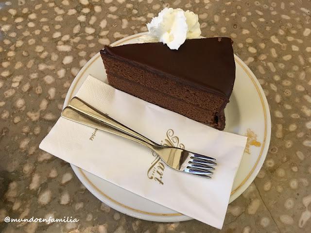 Tarta Sacher del Cafe Mozart