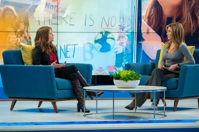 The Morning Show Series Jennifer Aniston Reese Witherspoon Image 2