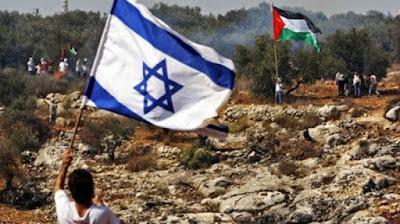 Sejarah Palestina dan Konflik Palestina-israel     Islam. Sebaliknya bagi Yahudi dan Nasrani, umat Islam telah menjadikan kesucian Palestina sebagai sebuah kesempatan untuk membawa kedamaian kepada daerah ini. Dalam bab ini kita akan membahas beberapa contoh sejarah dari kenyataan ini. 'Isa (Yesus), salah satu nabi yang diutus kepada umat Yahudi, menandai titik balik penting lainnya dalam sejarah Yahudi. Orang-orang Yahudi menolaknya, dan kemudian diusir dari Palestina serta mengalami banyak ketidakberuntungan. Pengikutnya kemudian dikenal sebagai umat Nasrani. Akan tetapi, agama yang disebut Nasrani atau Kristen saat ini didirikan oleh orang lain, yang disebut Paulus (Saul dari Tarsus). Ia menambahkan pemandangan pribadinya tentang Isa ke dalam ajaran yang asli dan merumuskan sebuah ajaran baru di mana Isa tidak disebut sebagai seorang nabi dan Al-Masih, seperti seharusnya, melainkan dengan sebuah ciri ketuhanan. Setelah dua setengah abad ditentang di antara orang-orang Nasrani, ajaran Paulus dijadikan doktrin Trinitas (Tiga Tuhan). Ini adalah sebuah penyimpangan dari ajaran Isa dan pengikut-pengikut awalnya. Setelah ini, Allah menurunkan Al-Qur'an kepada Nabi Muhammad SAW sehingga beliau bisa mengajarkan Islam, agama Ibrahim, Musa, dan Isa, kepada seluruh umat manusia.  Yerusalem itu suci bagi umat Islam karena dua alasan: kota ini adalah kiblat pertama