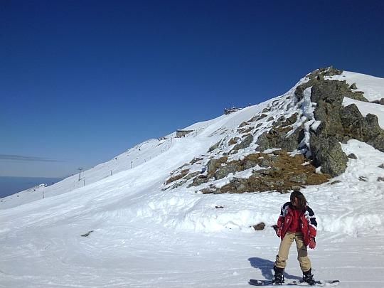 Wjeżdżamy na grań zbiegającą z Kasprowego Wierchu ku Goryczkowej Przełęczy nad Zakosy.