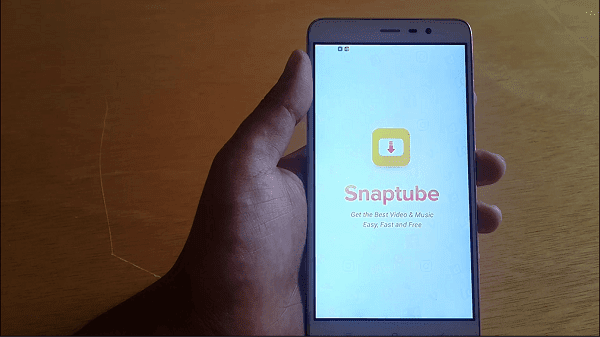 تشغيل فيديو اليوتيب في خلفية الهاتف تشغيل الفيديو والهاتف مقفل تحديث snaptube