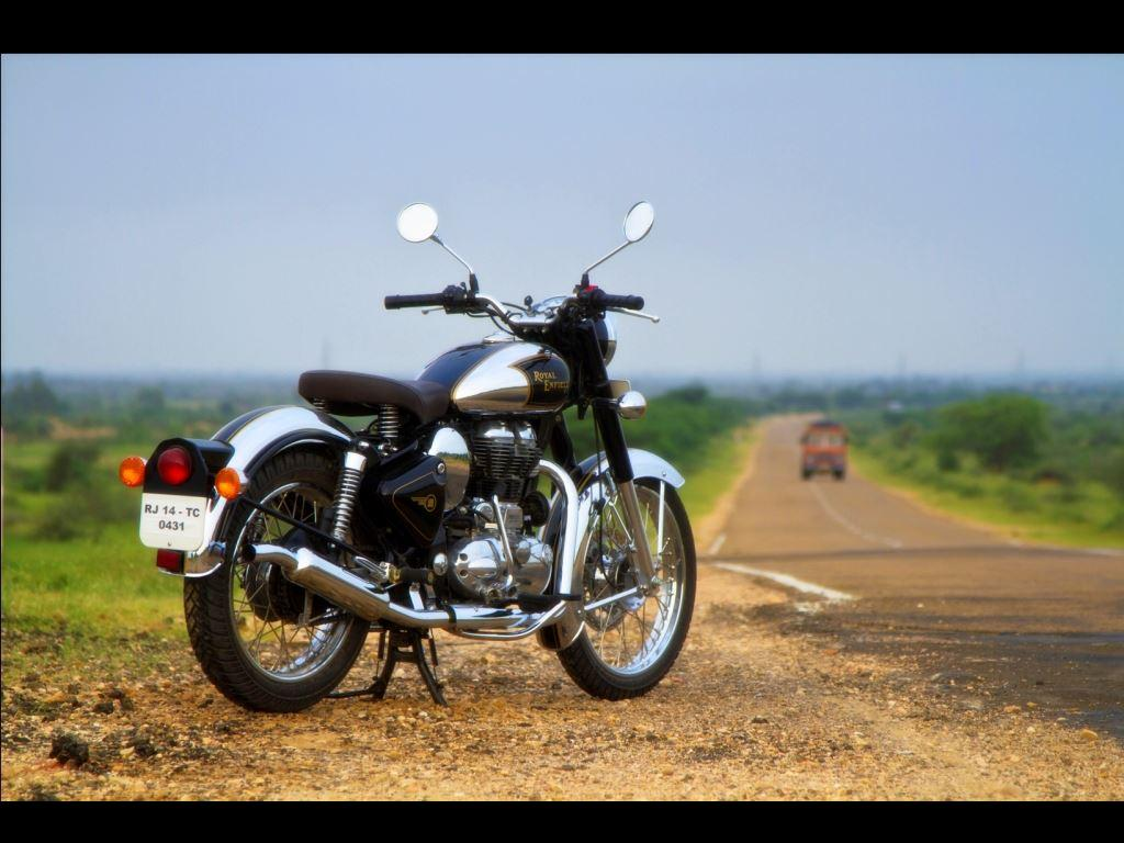 Royal Enfield Classic 500 Upgraded + Classic Chrome