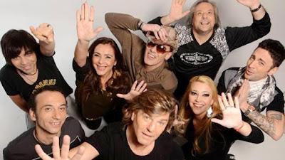 Foto de integrantes de Vilma Palma e Vampiros tomado desde arriba