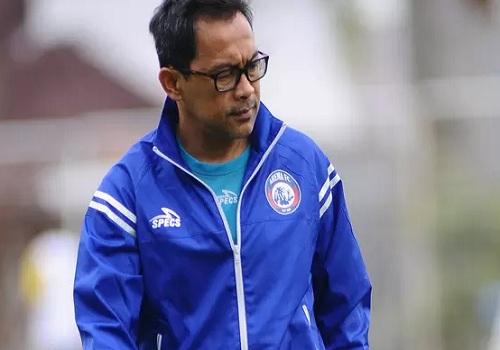 Aji Santoso Masih Dipercaya Latih Arema FC