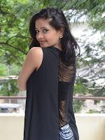 Shreya Vyas new glamorous photo session-cover-photo