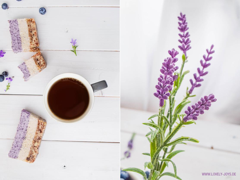 Hübscher Kuchen und Tee