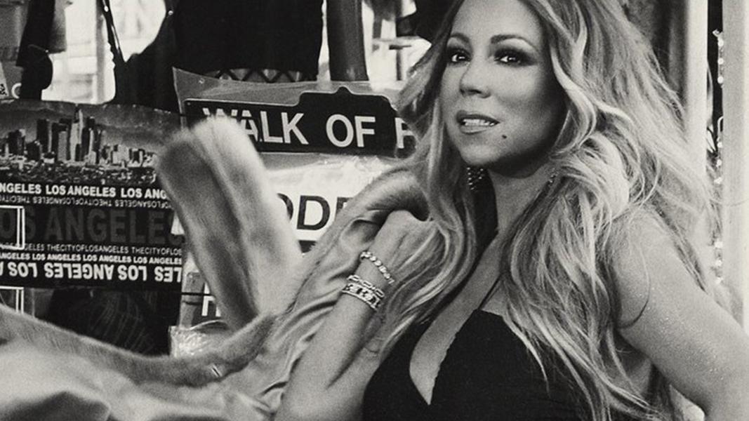 Não pense que Mariah não está ligada nas tendências!
