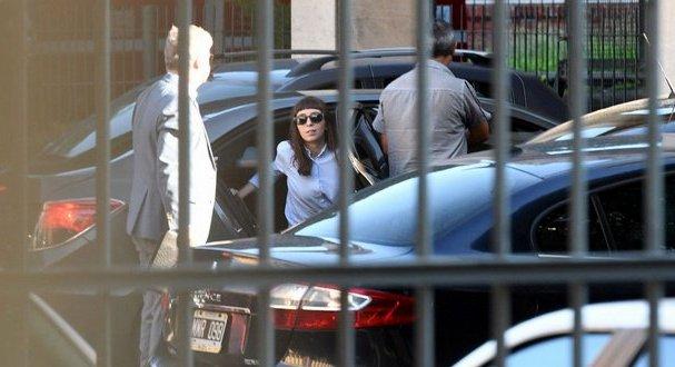 """Florencia Kirchner presentó un escrito en el que calificó de """"absurda"""" la acusación"""