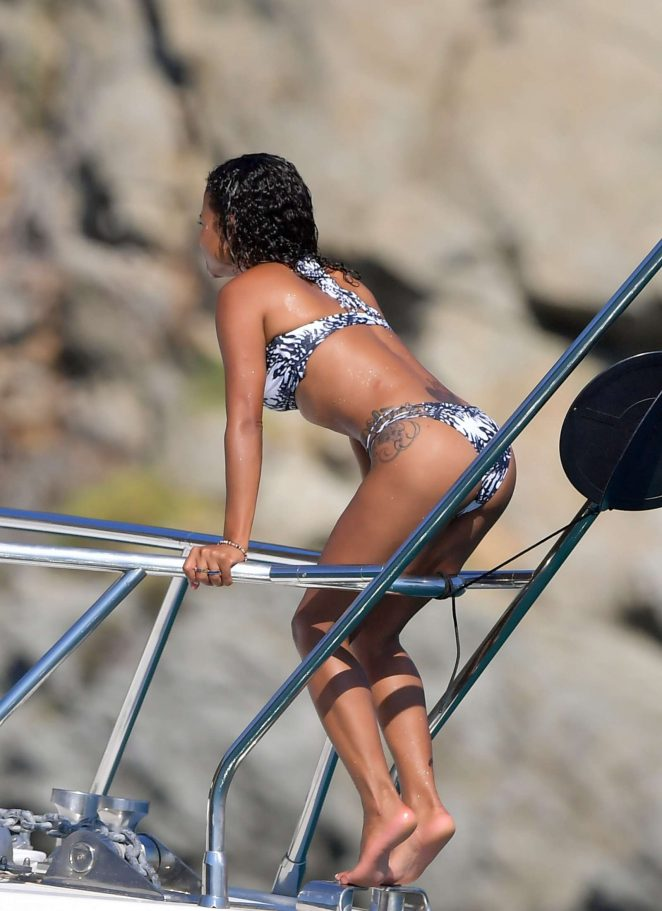 Christina Milian in Bikini