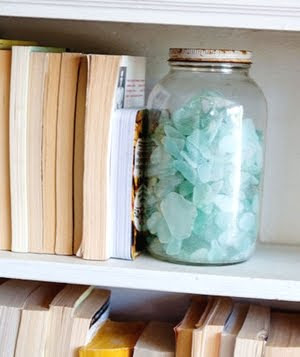 jar bookend