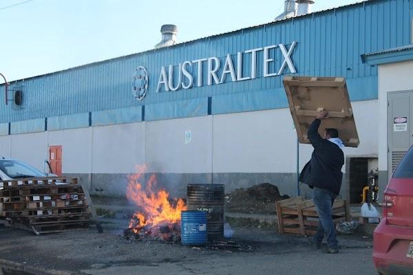 Despidos en Australtex: Alrededor de 40 personas habrían sido ya notificadas a través de un telegrama