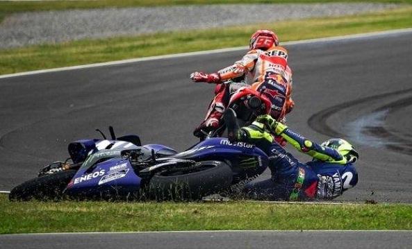 BOCOR! Marc Marquez Kirim Pesan WhatsApp Pada Valentino Rossi