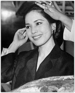 Biografi Ratna Sari Dewi Soekarno