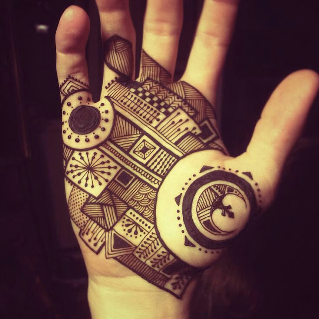 Sun and moon inspired henna designs look fantastic in men.